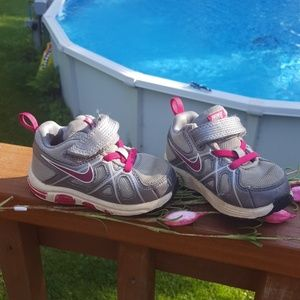 Baby Girls Nike pink and grey shoes size 6C